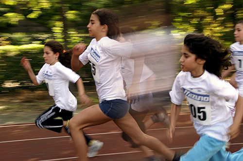 hasil Cara Membuat Efek High Speed Motion Trail Dengan Photoshop
