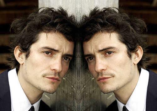 hasil Cara Membuat Efek Cermin Dengan Photoshop