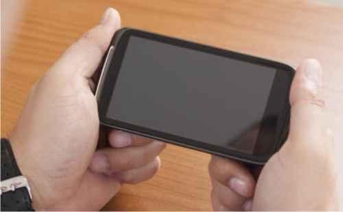 Smartphone Android Tidak Mau Nyala? Ini Solusinya!