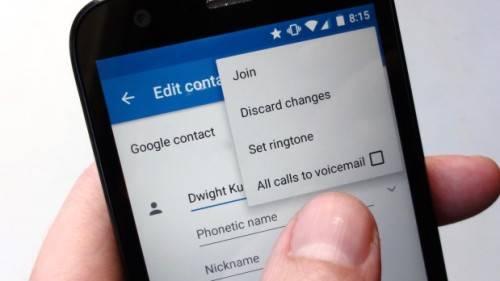 mengalihkan panggilan ke voicemail